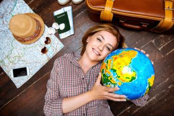 10 Out of This World Gifts for Travelers