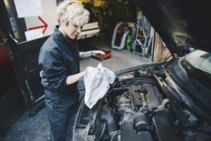 Best Synthetic Blend Oil for Cars